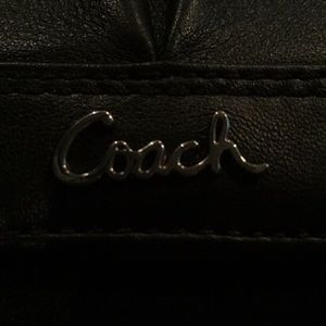 Coach Bags - NWOT Coach Ashley leather compact wallet in Black